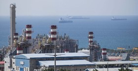 Iran to clinch first major oil deal with Total