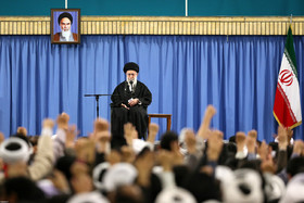 Resolving economic woes is crucial towards strengthening Iran: Ayatollah Khamenei