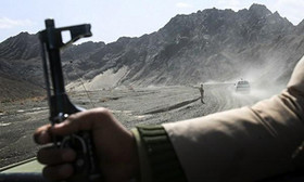 8 Iranian border guards killed in clashes with terrorists