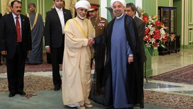 Iranian President arrives in Oman