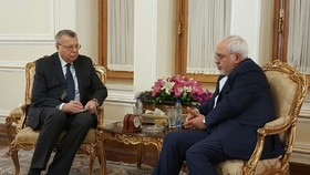 Zarif meets executive director of the UN Office on Drugs and Crime
