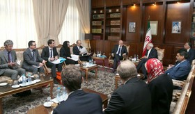 Zarif meets French economy minister
