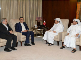 Iranian, Qatari officials review latest regional developments
