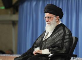 Cultural officials should promote revolutionary spirit in younger generation: Ayatollah Khamenei