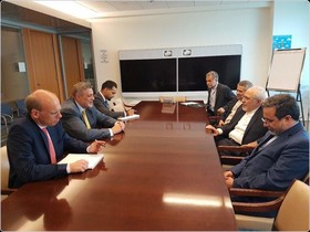 Zarif, UN envoy to Iraq discuss issues of mutual interest