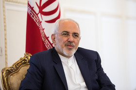 "Zarif to American officials: ""We don't shy from crushing aggressors"""