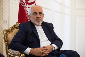 "Iran ""ready"" to resume nuke program if US leaves deal, Zarif warns"