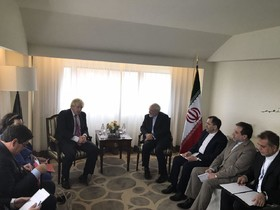 Zarif meets his British counterpart in New York