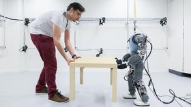 EPFL engineers develop robot that walks naturally, like humans