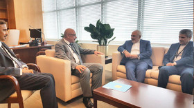 Iran FM holds talks with two UN senior officials