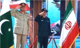 Iran, Pakistan army chiefs hold meeting