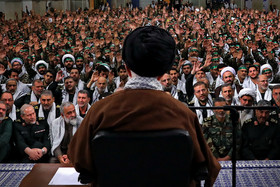 Bringing U.S. to its knees miracle of Islamic Revolution: Ayatollah Khamenei