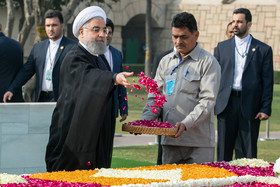 //Hassan Rouhani travels to India//Iranian President pays tribute to Mahatma Gandhi