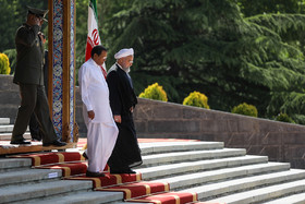 Mr Sirisena was officially welcomed by Hassan Rouhani at Sa'dabad Complex.