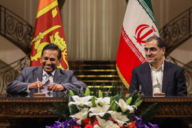 Signing cooperation agreements between the two countries / Mr Sirisena was officially welcomed by Hassan Rouhani at Sa'dabad Complex.
