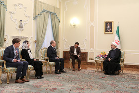New Zealandian Ambassador in Tehran Hamish MacMaster presented his credentials to the Iranian President Hassan Rouhani.