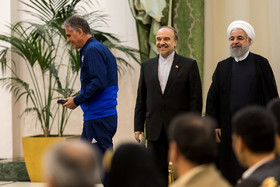 Iran national football team head coach Carlos Queiroz was honoured by Hassan Rouhani. The members of Iran national football team and coaching staff met with the Iranian President Hassan Rouhani on Sunday May 20 in Tehran.