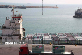 Iran's trade balance still positive