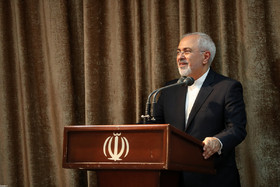 Leader guidelines helped thwart US-Zionist Iranophobia plot: FM Zarif