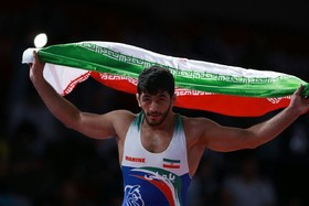 Iranian wrestlers win 3 colorful medals on 1st day