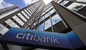 Top U.S. banks won't commit to ending Iranian financial access