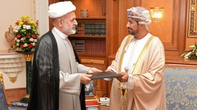 Oman's Sultan Qaboos receives Iranian President's message