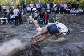 Telgerd Village of Mashhad City / There are no time limits in Chukhe wrestling competitions. The wrestler, who pins his opponent to the ground three times, is the winner.