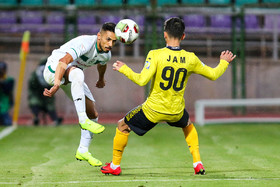The football clubs of Zob Ahan Isfahan and Pars Jonoubi Jam played against each other at Foolad Shahr Stadium and it was one-nil to FC Pars Jonoubi Jam.