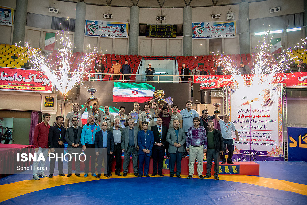 ISNA - Youth Greco-Roman wrestling tournament held in Iran's