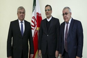 Iran, Syria top diplomats discuss Syria, Yemen