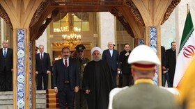 President Rouhani officially welcomes Armenian PM