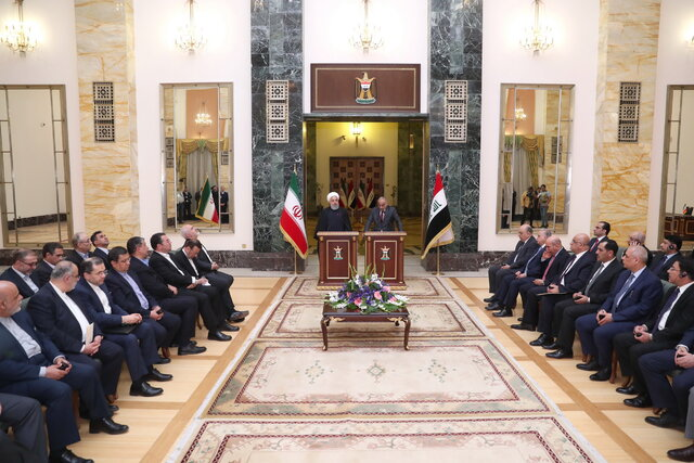 Issuing visas for Iranian, Iraqi pilgrims, tourists to become free: President Rouhani