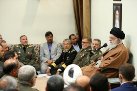 Iran's Leader receives commanders of Army
