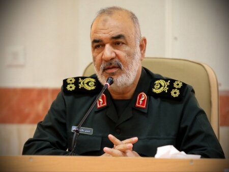 """IRGC chief says Americans have started """"psychological war"""""""