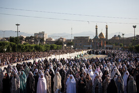Offering Eid al-Fitr Prayers at Shah Abdol-Azim shrine, Tehran, Iran, June 5, 2019.