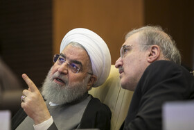 Iranian President meets top Health Ministry's officials