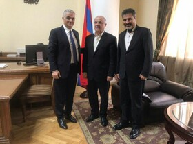 Iran, Armenia stress on implementing 3rd power transition line