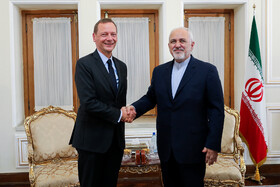 Meeting between Iranian Foreign Minister Mohammad Javad Zarif (R) and French President's top diplomatic advisor Emmanuel Bonne, Tehran, Iran, July 10, 2019.
