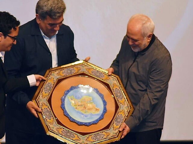 Being sanctioned for defending Iranians my greatest honor: Zarif