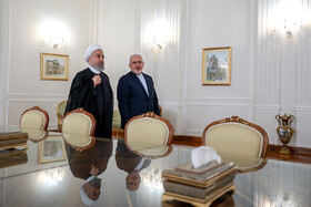 Iranian President meets Foreign Ministry officials