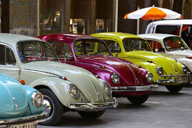 Displaying vintage cars in Isfahan, Iran, August 9, 2019. A number of vintage cars of various brands were displayed on Friday in the historic city of Iran, Isfahan.