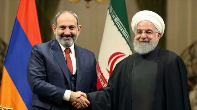 Armenian PM invites Rouhani to attend SEEC meeting