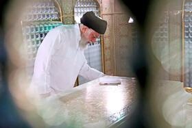 Leader attends dust cleaning ritual at Imam Reza Shrine