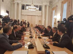 Zarif, Lavrov start talks