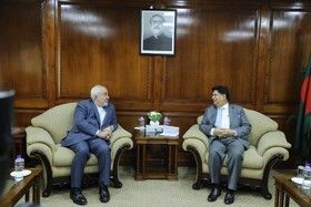 Zarif holds talks with Bangladeshi PM, FM