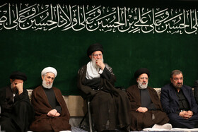 Leader attends mourning ceremony for Imam Hussain