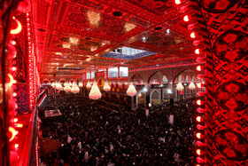 Ashura's night mourning at Imam Hussain Shrine