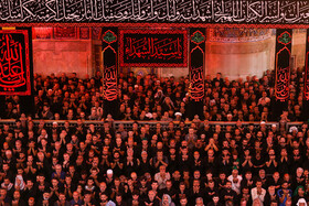 Offering the noon prayer of Ashura at Imam Hussain Holy Shrine (PBUH), Karbala, Iraq, September 10, 2019.