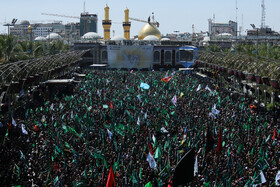 Holding mourning rites of Ashura at Imam Hussain Holy Shrine (PBUH), Karbala, Iraq, September 10, 2019.