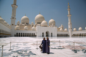 Sheikh Zayed Grand Mosque: Amazing tourist attraction in UAE
